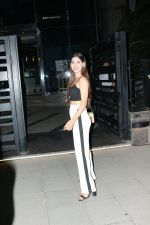 Karishma Sharma spotted at yautcha bkc in mumbai on 18th May 2018 (1)_5b029b39a8d68.JPG