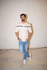 Saqib Saleem at Veere Di Wedding media interactions at Sunny Sound juhu on 19th May 2018 (15)_5b02a4f436c40.JPG