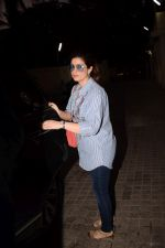 Twinkle Khanna spotted at pvr juhu in mumbai on 20th May 2018 (14)_5b02ab9d85228.JPG