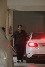 Randhir Kapoor spotted at Babita_s home in bandra on 22nd May 2018 (5)_5b054359a86bc.JPG