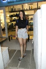 Yami Gautam spotted at Bandra on 20th May 2018 (12)_5b053f188be51.JPG