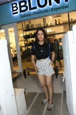 Yami Gautam spotted at Bandra on 20th May 2018 (9)_5b053f12957ce.JPG