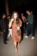 Preity Zinta, Arjun Rampal spotted at Yautcha bkc on 25th May 2018 (25)_5b0c008c00b0d.JPG