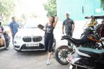 Ameesha Patel spotted at kromakey juhu on 29th May 2018 (18)_5b0d7754638d4.JPG