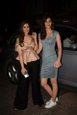 Kriti Sanon, Nupur Sanon at Mukesh chhabra_s birthday party on 26th May 2018 (27)_5b0d0fc70701b.JPG