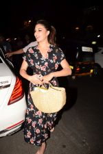 Jacqueline Fernandez spotted at Pali Bhavan bandra on 29th May 2018 (4)_5b0ea9e6bf172.JPG