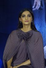 Sonam Kapoor at the Trailer Launch Of Film Sanju on 30th May 2018 (53)_5b0f9f968fed3.JPG