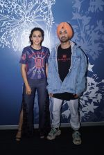 Diljit Dosanjh And Taapsee Pannu Spotted At Sony Office on 31st May 2018 (7)_5b10e7c1997ad.jpg