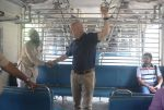 Anupam Kher travelled from CSMT to Bandra by harbour local as he completed 37 years in Mumbai on 2nd June 2018 (35)_5b12a5bc00094.JPG