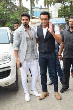 Bobby Deol, Saqib Saleem at the Song Launch Of Allah Duhai Hai From Film Race 3 on 1st June 2018 (58)_5b128f6902c6d.jpg