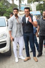 Bobby Deol, Saqib Saleem at the Song Launch Of Allah Duhai Hai From Film Race 3 on 1st June 2018 (59)_5b128f6ab96b4.jpg
