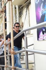 Salman Khan at the Song Launch Of Allah Duhai Hai From Film Race 3 on 1st June 2018 (73)_5b128fbbcfd43.jpg