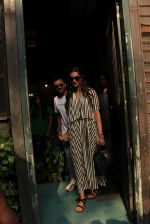 sonam Kapoor and Anand Ahuja spotted at pali vilage cafe on 1st June 2018 (4)_5b1283784a4cf.JPG