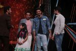Saqib Saleem Promote Race 3 Film On Sets Of Dance India Dance Li_l Masters on 4th June 2018 (7)_5b162ef7cb1c8.JPG