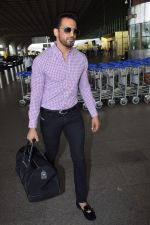 Upen Patel Spotted At Airport on 4th June 2018 (1)_5b162ed8b3257.JPG