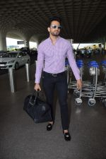 Upen Patel Spotted At Airport on 4th June 2018 (7)_5b162ee993061.JPG