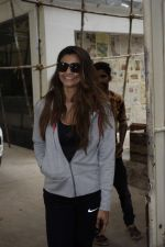 Daisy Shah Spotted At Sunny Sound Juhu on 6th June 2018 (10)_5b18d413b8bf1.JPG