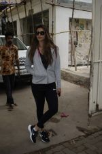 Daisy Shah Spotted At Sunny Sound Juhu on 6th June 2018 (6)_5b18d40d152d3.JPG