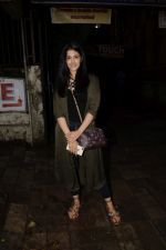 Nupur Sanon spotted at kromakey juhu on 7th June 2018 (4)_5b1a45a072383.JPG