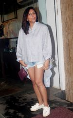 Shweta Salve at the exclusive Preview of Summer Capsule Collection by Simply Simone at ATOSA in Khar on 7th June 2018 (24)_5b1a45d7d41f7.JPG