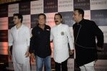 Arbaaz Khan, Salim Khan at Baba Siddiqui_s iftaar party in Taj Lands End bandra on 10th June 2018 (27)_5b1e20fbd06df.JPG