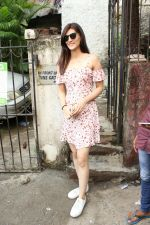 Kriti Sanon spotted at bandra on 10th June 2018 (9)_5b1e22741981b.JPG