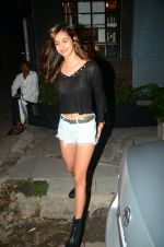 Disha Patani spotted at Bandra on 12th June 2018 (3)_5b20b60161a7d.JPG