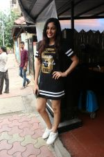 Pooja chopra spotted at bandra on 12th June 2018 (7)_5b20b634e79c2.JPG