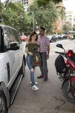 Suzanne Khan spotted at Kromakay salon in juhu on 12th June 2018 (2)_5b20b68035344.JPG