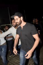 Hrithik Roshan with Family spotted at PVR juhu on 13th June 2018 (1)_5b22054a7c360.JPG