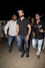Hrithik Roshan with Family spotted at PVR juhu on 13th June 2018 (16)_5b22055975e91.JPG