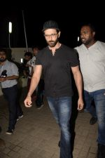 Hrithik Roshan with Family spotted at PVR juhu on 13th June 2018 (21)_5b22056128b0c.JPG