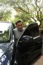 Rishi Kapoor spotted at bandra on 14th June 2018 (6)_5b227c544a2d2.JPG