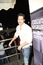 Varun Dhawan spotted at PVR juhu on 13th June 2018 (2)_5b22060048db6.JPG