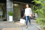 Mira Rajput spotted at bandra on 15th June 2018 (4)_5b23c9dcc84b6.JPG