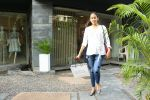 Mira Rajput spotted at bandra on 15th June 2018 (5)_5b23c9e048fde.JPG