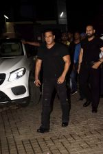 Salman Khan at the Screening of Race 3 in pvr juhu on 14th June 2018 (1)_5b2340ba6a780.jpg