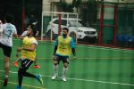 Abhishek Bachchan spotted playing football in bandra on 17th June 2018 (4)_5b2762115e292.JPG