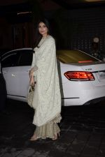 Athiya Shetty at Arpita Khan_s Eid party at her residence in bandra on 16th June 2018 (28)_5b275e3a9820c.JPG