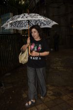 Farah Khan spotted at Kromakay salon in juhu on 16th June 2018 (7)_5b27583b2e490.JPG