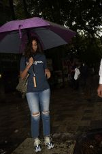 Shweta Bachchan spotted at kromakay salon in juhu on 16th June 2018 (1)_5b275855026fc.JPG