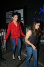 Alia Bhatt and Akansha Ranjan spotted at hakkasan bandra on 20th June 2018 (6)_5b2b4682487d0.JPG