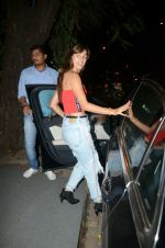 Disha Patani spotted at Korner house in bandra on 20th June 2018 (1)_5b2b425a7c7cd.JPG