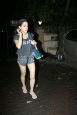 Sara Ali khan spotted at Bandra on 21st June 2018 (1)_5b2c9a9136d91.JPG