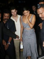 Priyanka Chopra, Nick Jonas at Yautcha bkc on 22nd June 2018 (13)_5b2df9c9b75f8.jpg