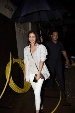 Sonal Chauhan spotted at juhu on 23rd June 2018 (10)_5b2f9058bf46e.JPG