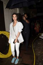 Sonal Chauhan spotted at juhu on 23rd June 2018 (7)_5b2f9051b19ad.JPG