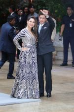 Gauri Khan, Shah Rukh Khan at Akash Ambani & Shloka Mehta engagement party in Antalia in mumbai on 28th June 2018 (39)_5b35ced9afc04.JPG