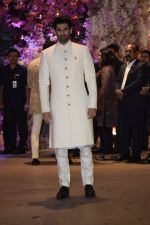 Aditya Roy Kapoor at Akash Ambani & Shloka Mehta engagement at Antilia in mumbai on 30th June 2018 (108)_5b38e40683aa7.JPG