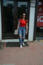 Aditi Rao Hydari spotted at Bastian in Bandra on 1st July 2018 (6)_5b39c545f26cc.JPG